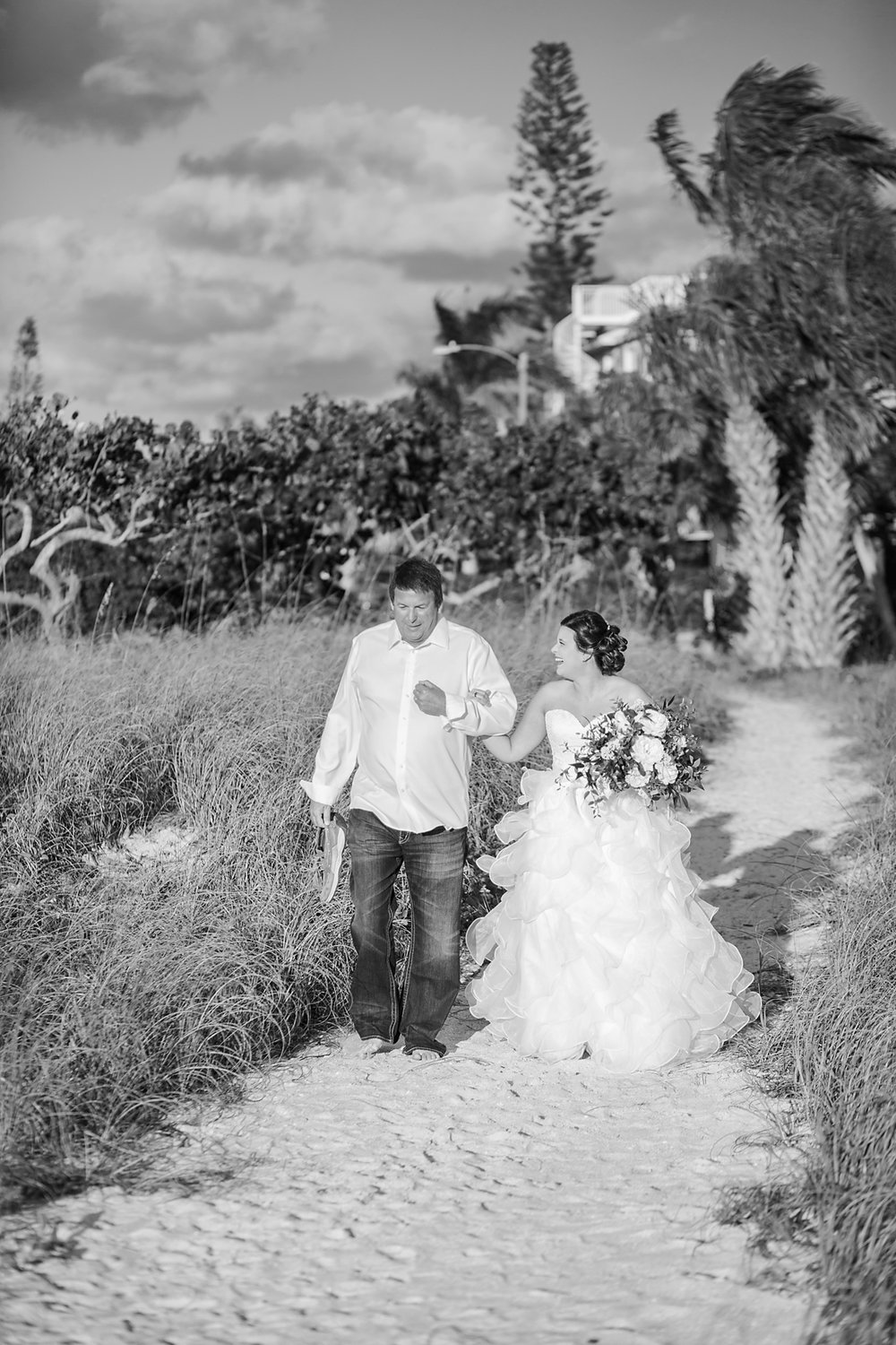 Bailey + Chalin - Anna Maria Island Wedding Photographer - Destination Wedding Photography - Emily & Co. Photography - Beach Wedding Photography (23).jpg
