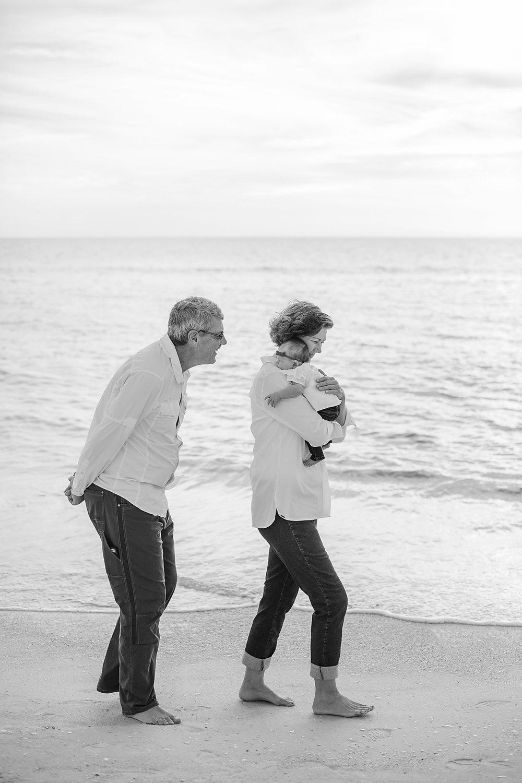 Mulder Family Vacation Photos 2018 - Anna Maria Island Family Photographer - Emily & Co. Photography (14).jpg