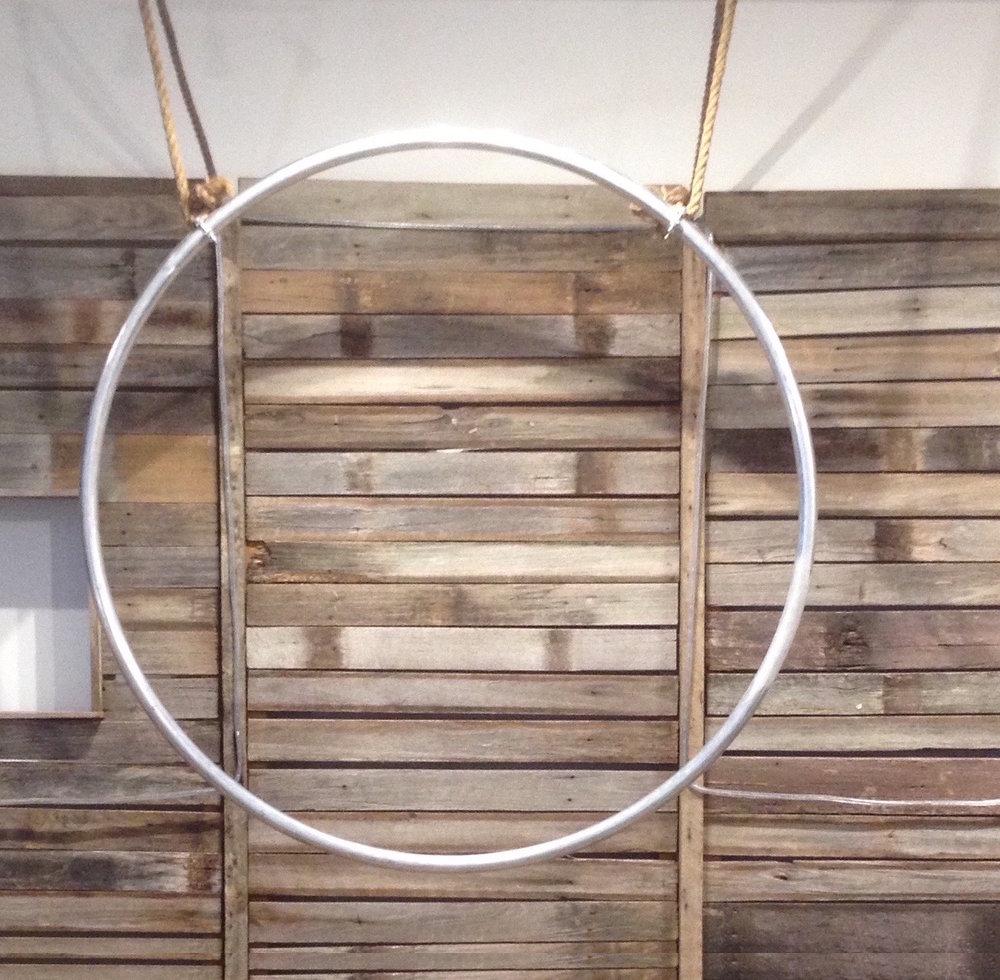 Round metal hoop