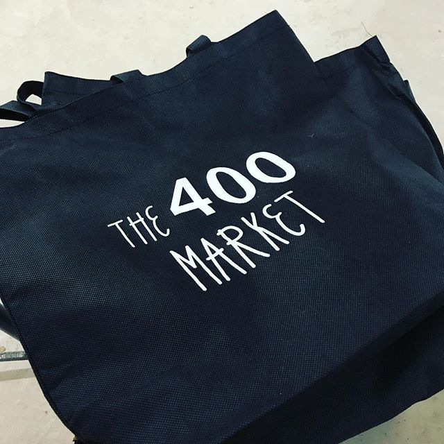 Tonight only! Make a purchase with any of our market vendors and get a free tote bag! First 25 people will get their tote stuffed with goodies from our vendors.  #free #400westrich #400market #franklintonfriday #franklinton #asseenincolumbus #outandabout #swag #artisan #etsy