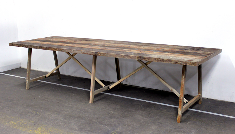 ECLECTIC HIVE - FARM TABLE