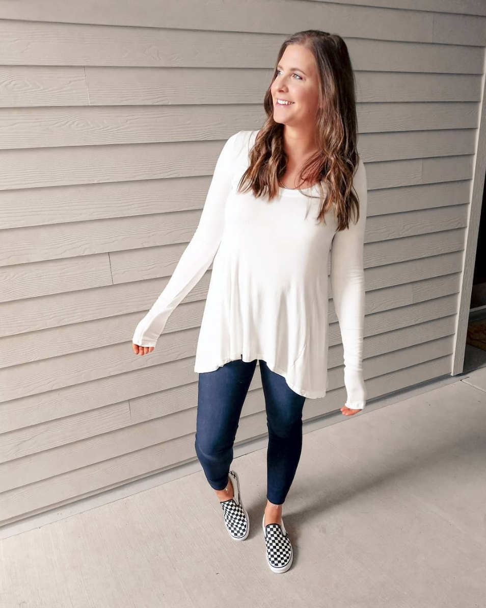 Comfy Basics - This top is on sale (although white is now sold out) 40% off! No joke, this has got to be the comfiest top I own. I'm excited to pair it with my moto leggings for a cute fall look! Jeans are on major sale too.TOP // JEANS // SHOES