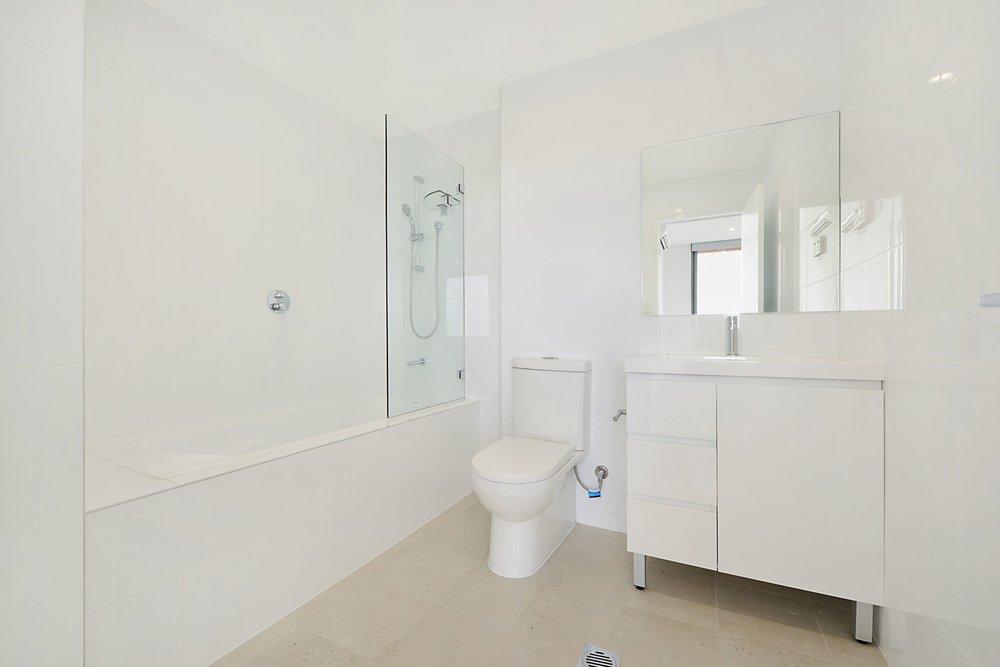 Bathroom_201_preview.jpeg.jpg