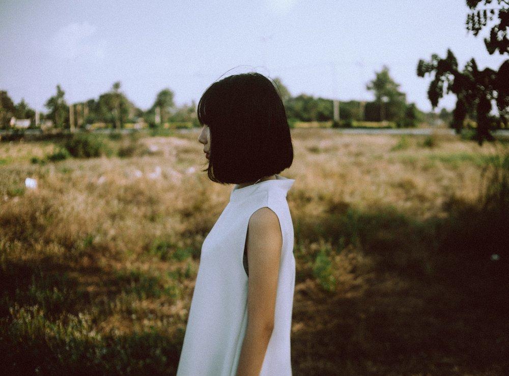woman-2616335_1920.jpg