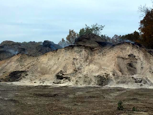 Mulch after smoldering most of this past summer. (Photo by Charlotte Ekker Wiggins)