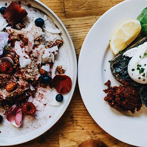 Charcoal toast and dreamy porridge 💕 👀 - new post online 🚨 (link in bio)
