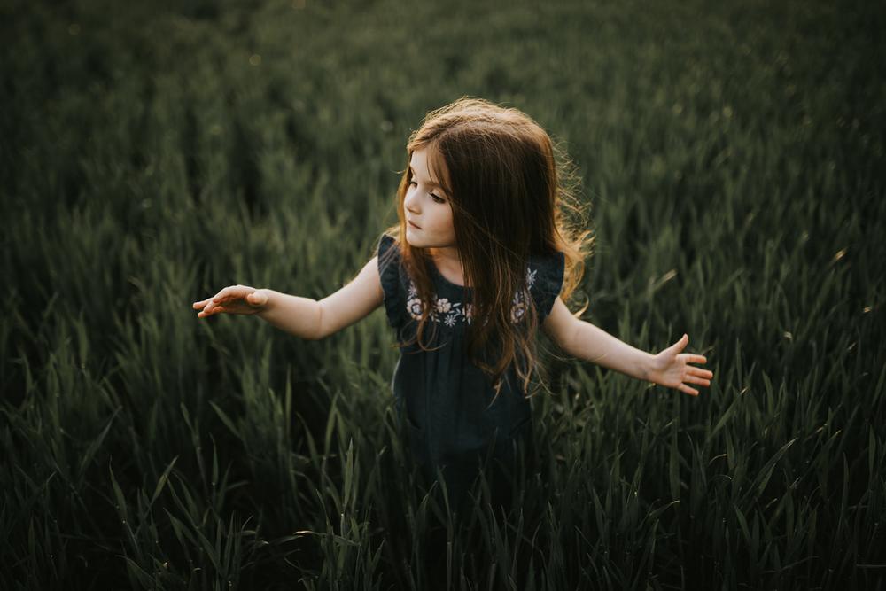 twyla-jones-photo-child-nature