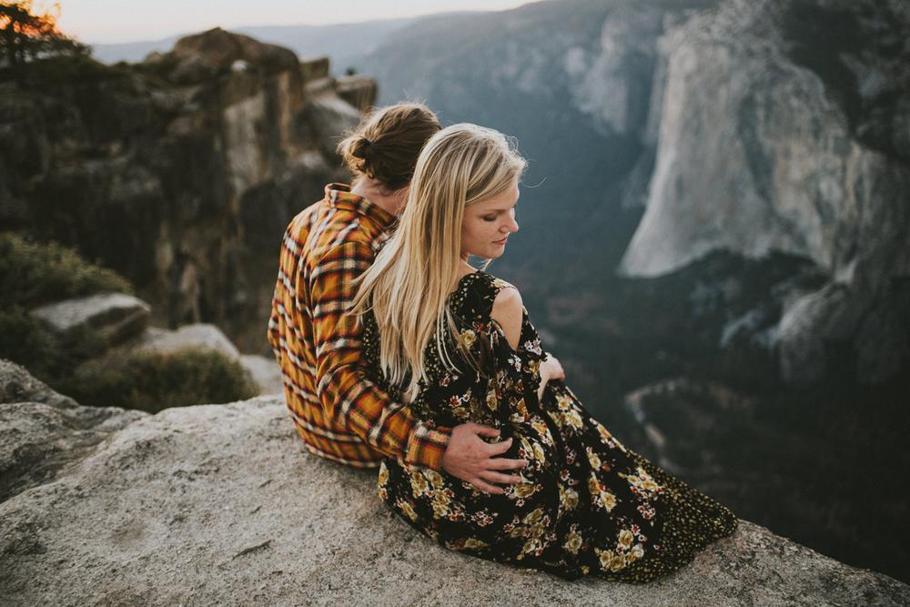 sara-rogers-photo-couple-nature
