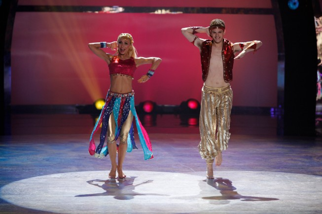 Bollywood_Iveta_Lukosiute_Nick_Young_So_You_Think_You_Can_Dance_20111.jpg