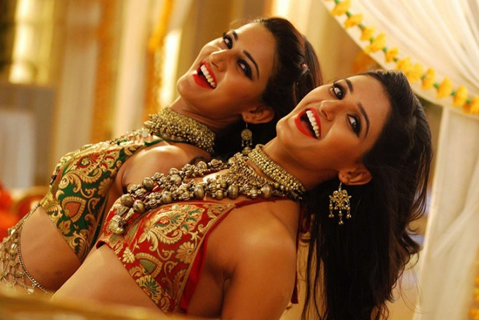 mukti-mohan-shakti-mohan-still-from-film-kaanchi-song_138002030840.jpg