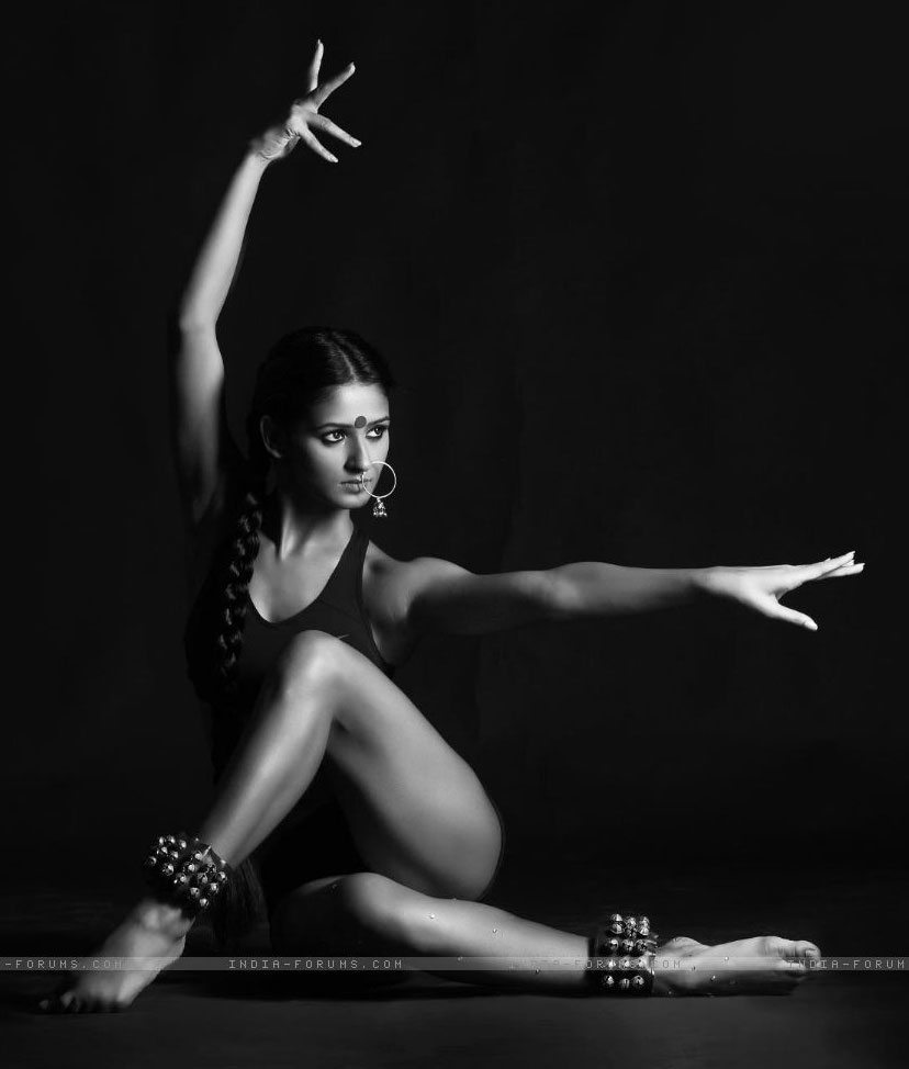 Shakti-Mohan-Feet-1111921.jpg