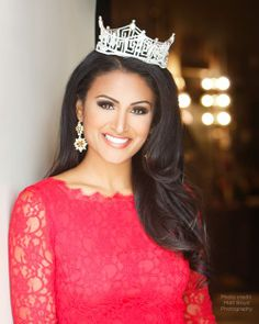 Nina _MissUSA with Crown.jpg