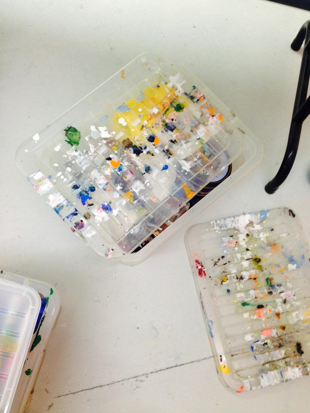 DRESS label INTO COLOUR SS16 gallery: Fine Art Paint Boxes
