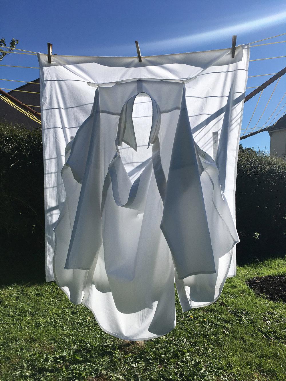 DRESS SUPERBASICS White Frame Shirt in 3 parts #dressltd