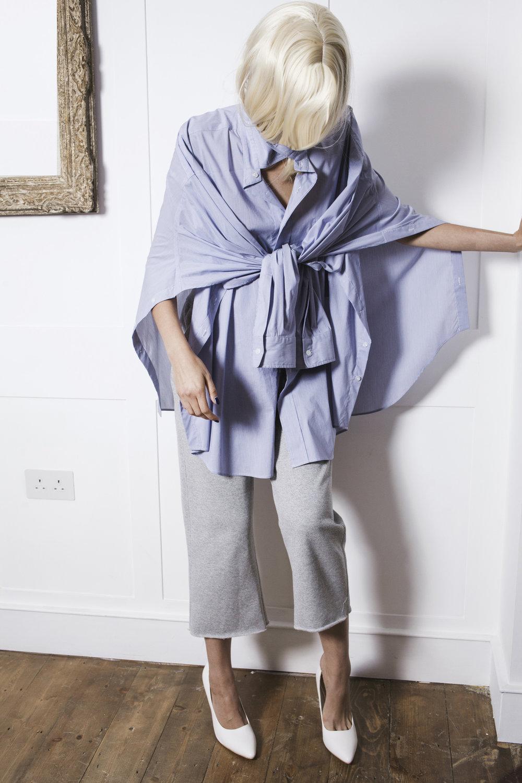 DRESS SUPER BASICS Oversize Adaptable City Shirt in Navy Stripes #dressltd