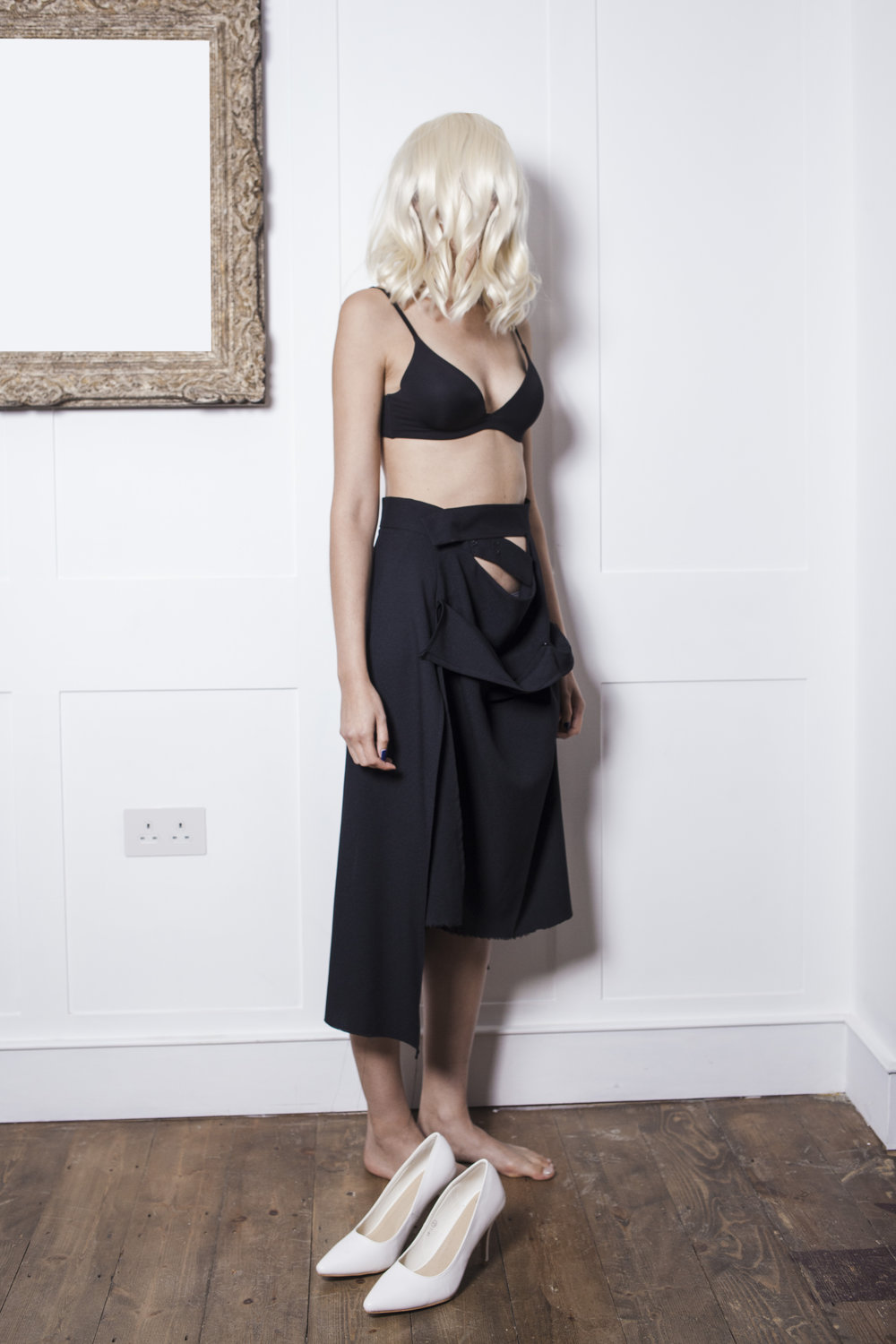 3. Adaptable  SKIRT IN PARTS