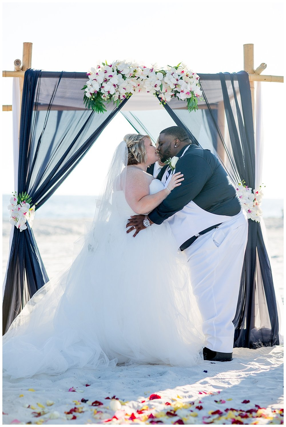 10 Married on the beach of Alabama.jpg