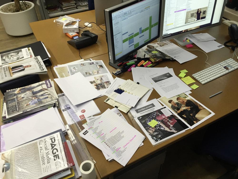 Schreibtisch1.jpg