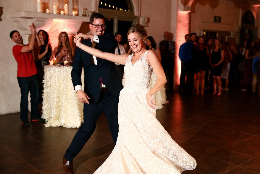 austin-wedding-photographer-wwwHydeParkPhotoComKM-70.jpg