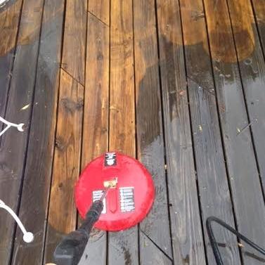 deckpowerwash.jpg