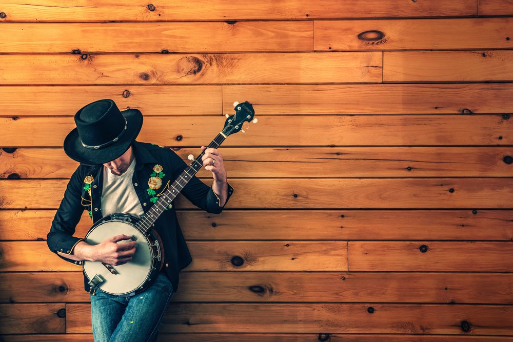 banjo-player-fashion-man-387.jpg