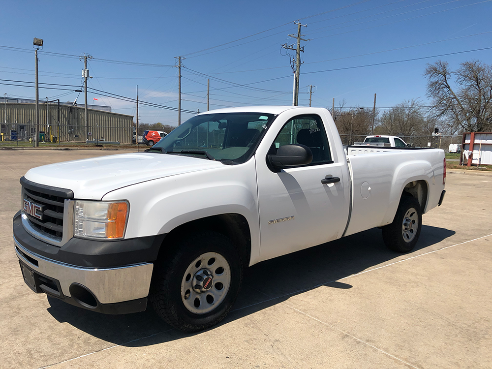 Truck #2134 - This is a 2010 GMC with 220,633 miles. Known issue: tire monitor sensor