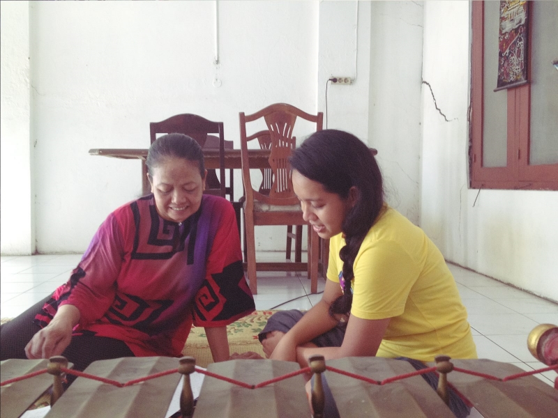 Ibu Cendani and Rose