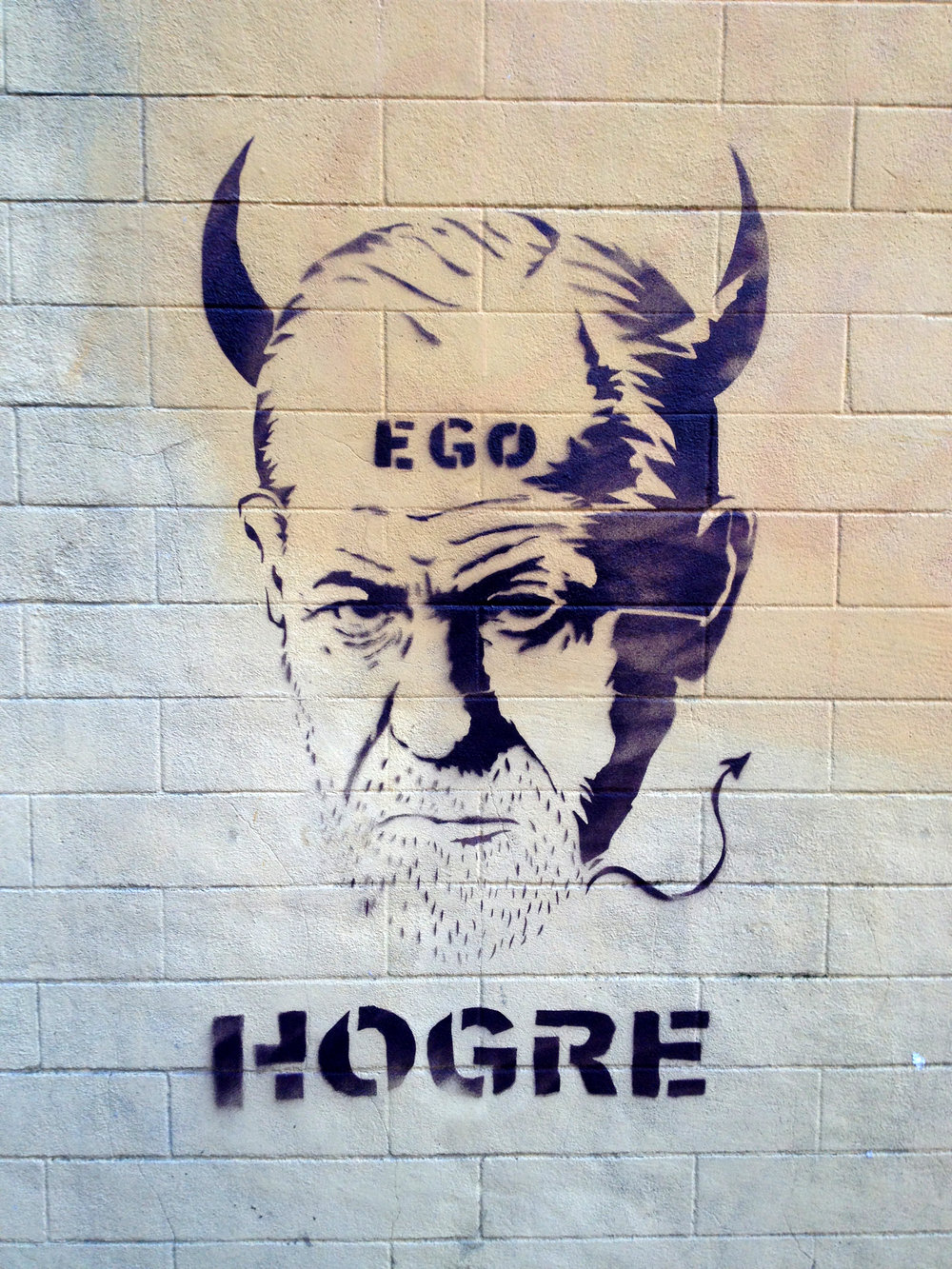 "Sergio is shown this picture from a smartphone. Hogre is the pseudonym of a street artist active in Rome. For more pictures see  here  and  here .         0   0   1   Göteborgs universitet   14.0                      Normal   0       21       false   false   false     SV   JA   X-NONE                                                                                                                                                                                                                                                                                                                                                                               /* Style Definitions */ table.MsoNormalTable 	{mso-style-name:""Normal tabell""; 	mso-tstyle-rowband-size:0; 	mso-tstyle-colband-size:0; 	mso-style-noshow:yes; 	mso-style-priority:99; 	mso-style-parent:""""; 	mso-padding-alt:0cm 5.4pt 0cm 5.4pt; 	mso-para-margin:0cm; 	mso-para-margin-bottom:.0001pt; 	mso-pagination:widow-orphan; 	font-size:10.0pt; 	font-family:""Times New Roman"";}"