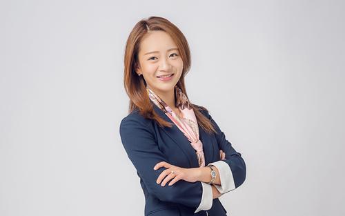 Erin Zhang, Certified Wedding Planner