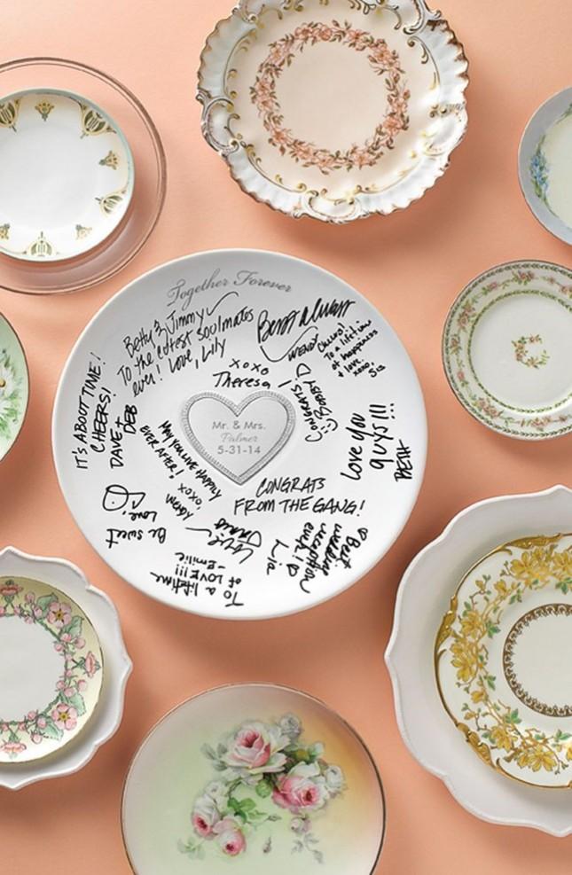 Serving-Plate-Guest-Book-645x987.jpg