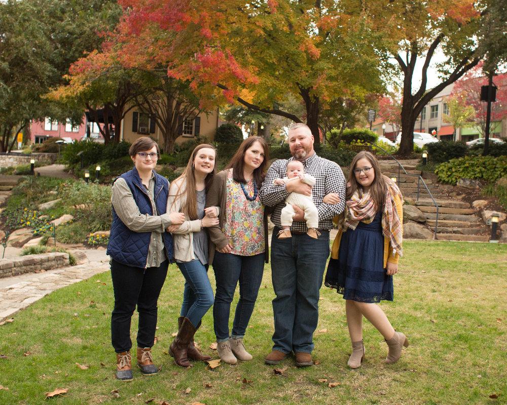 Vaughn Family 2018-5.jpg