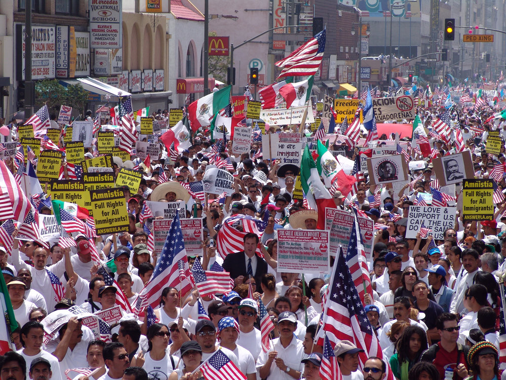 Immigrants rights march for amnesty on May Day 2006 in downtown Los Angeles, California (Source: Jonathan McIntosh)