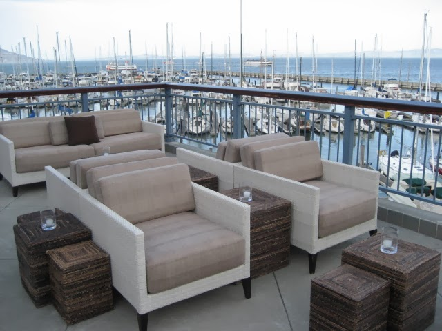 11. Patio Seating.jpg