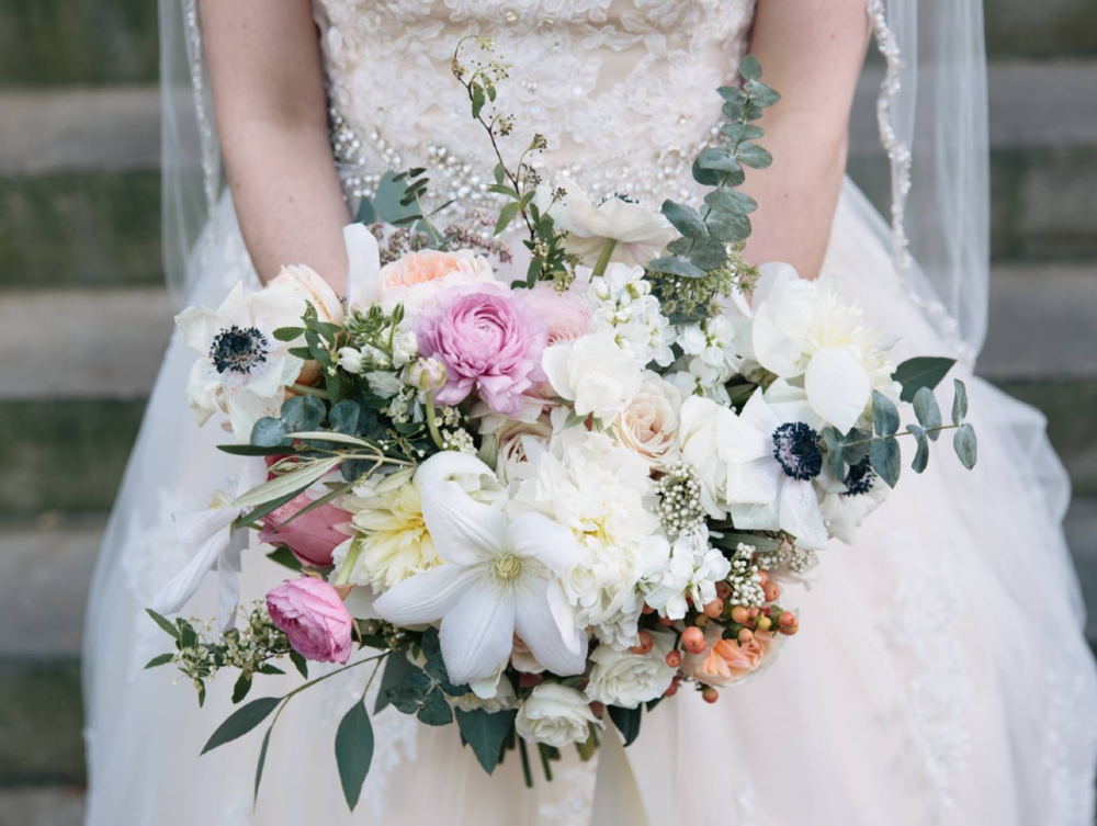 Bouquet close up outside the Historic Dekalb Courthouse | Photo:   Tim Redman