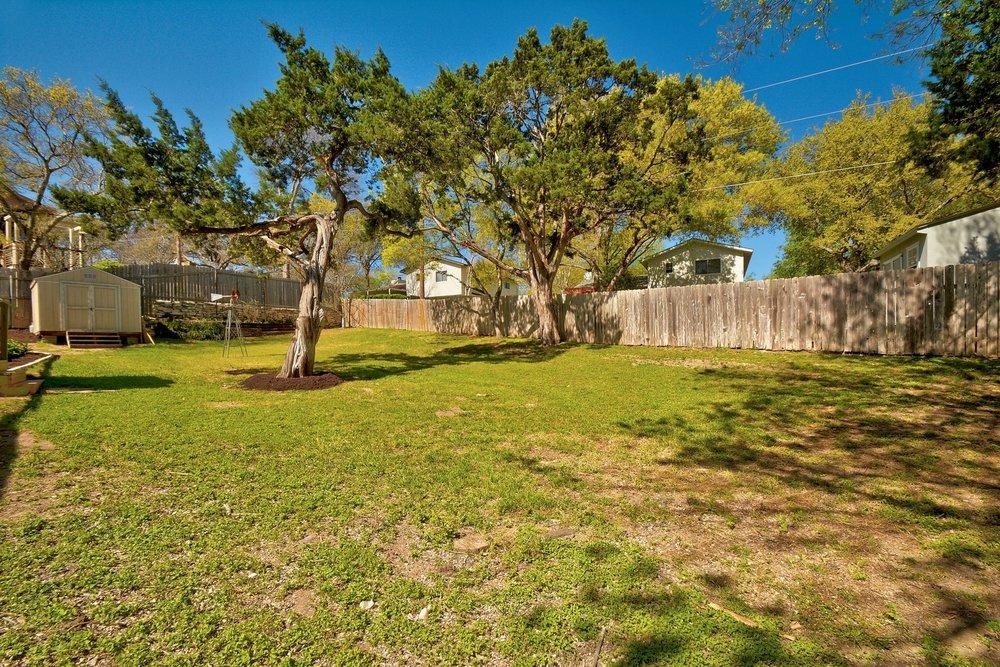 024-263544-11204 Hidden Bluff Drive 024_6131805.jpg