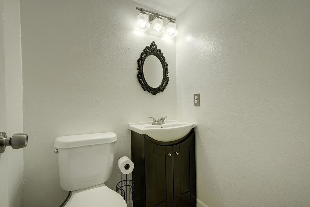 1702 Wildwood Dr-large-022-10-Other Beds and Baths 640-1498x1000-72dpi.jpg