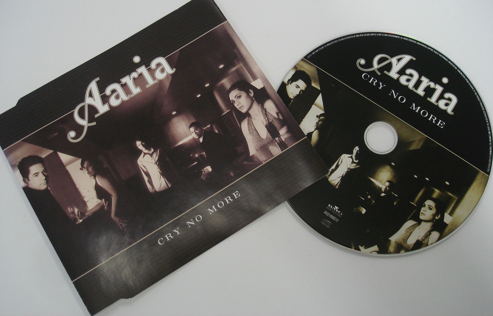 AARIA - CRY NO MORE - SINGLE