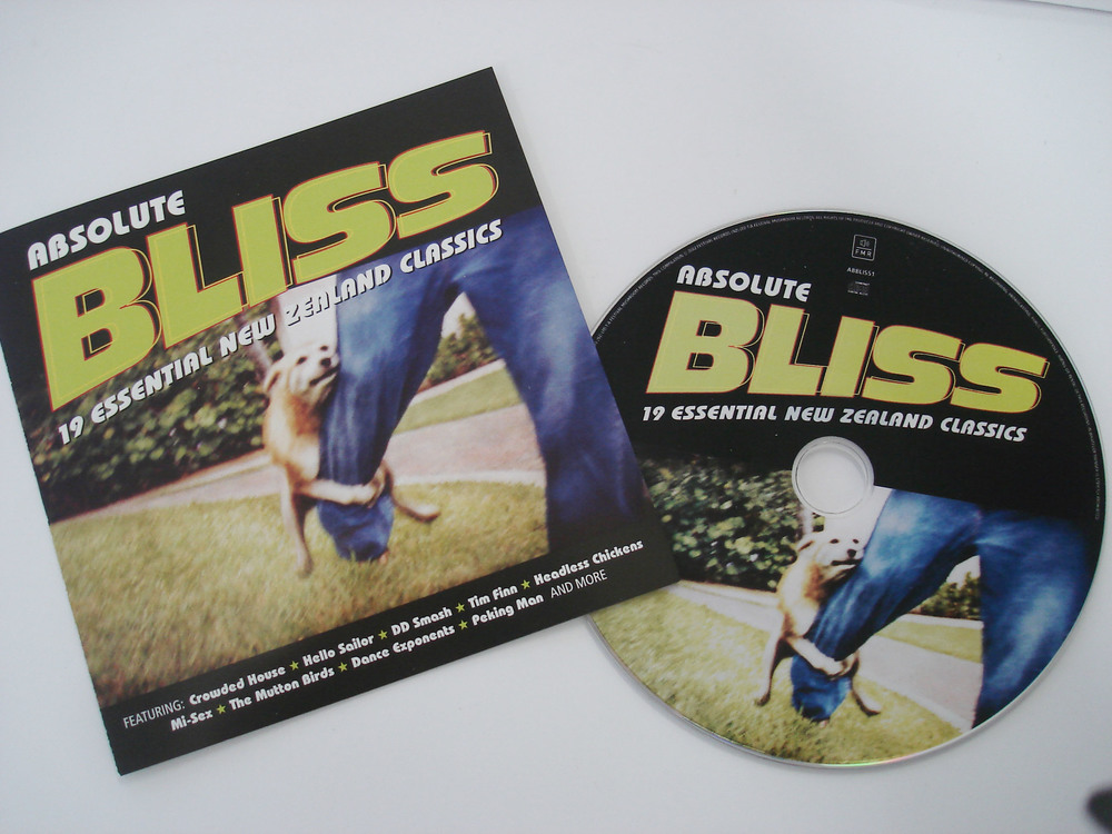 VARIOUS ARTISTS - ABSOLUTE BLISS: 19 ESSENTIAL NZ CLASSICS - COMPILATION