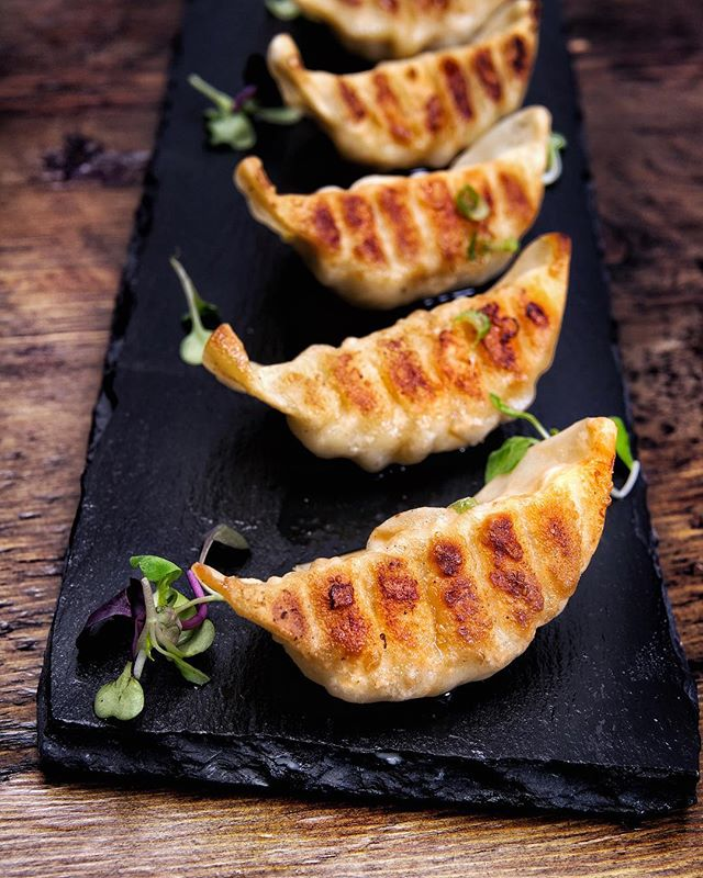 A good hit of starter in a simply pan fried Gyoza. 😋 • • • • #tastesbetterhere #eatingfortheinsta #eatfamous #sushigram #sushiart  #f52grams #igerschicago #foodiechats #nomchicago #theartofplating #foodstarz #chefstalk #fabfoodchicago #thekitchen #foodfeast #alwayshungrychi #topchicagorestaurants #thrillist #hertastylife #eattheworld #foodandwine #chicagobucketlist #dametravelerfoodie #midwestbloggers #calledtobecreative  #verilymoment #gatheredstyle #theeverydayproject