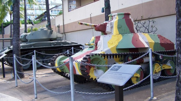 2 Tanks at Waikiki