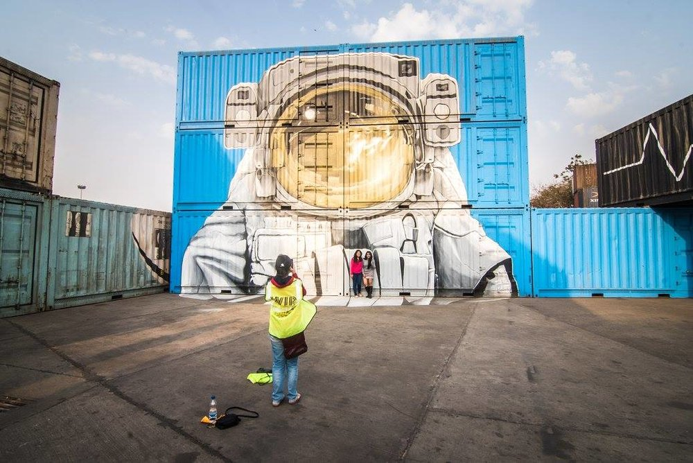 A container cosmonaut for this year's show in Okhla, by Nevercrew.  Photo by Akshat Nauriyal