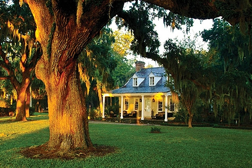 stock-photo-25807306-historic-lewis-reeve-sams-house-beaufort-south-carolina.jpg