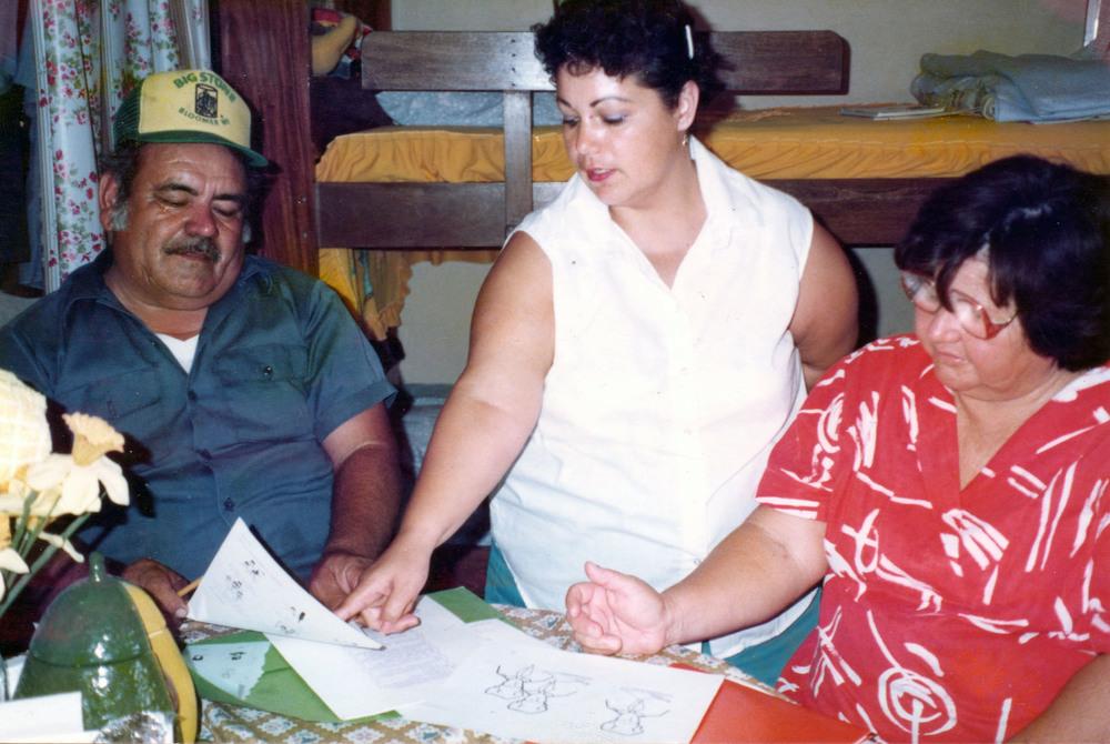 Agapita Peralta 1988_1_small.jpg