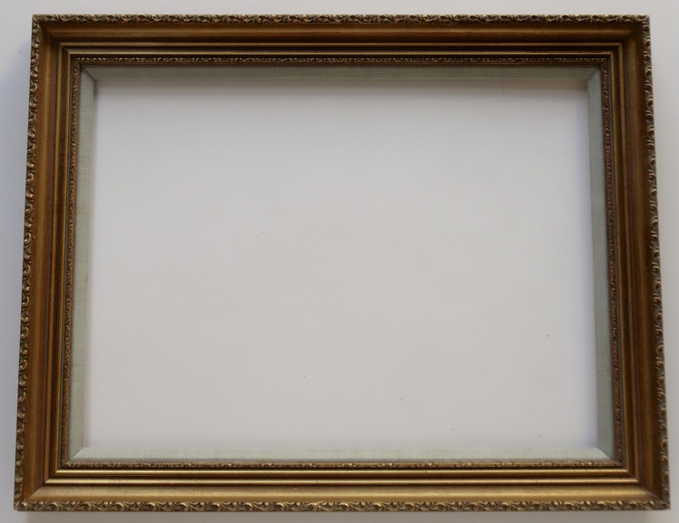 """Gold Picture Frame with Linen Liner 15 ½ x 21 ½"""" — Vidi Vici Gallery"""