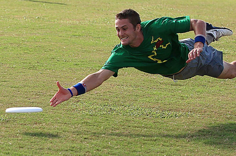 ultimatefrisbee1.jpg