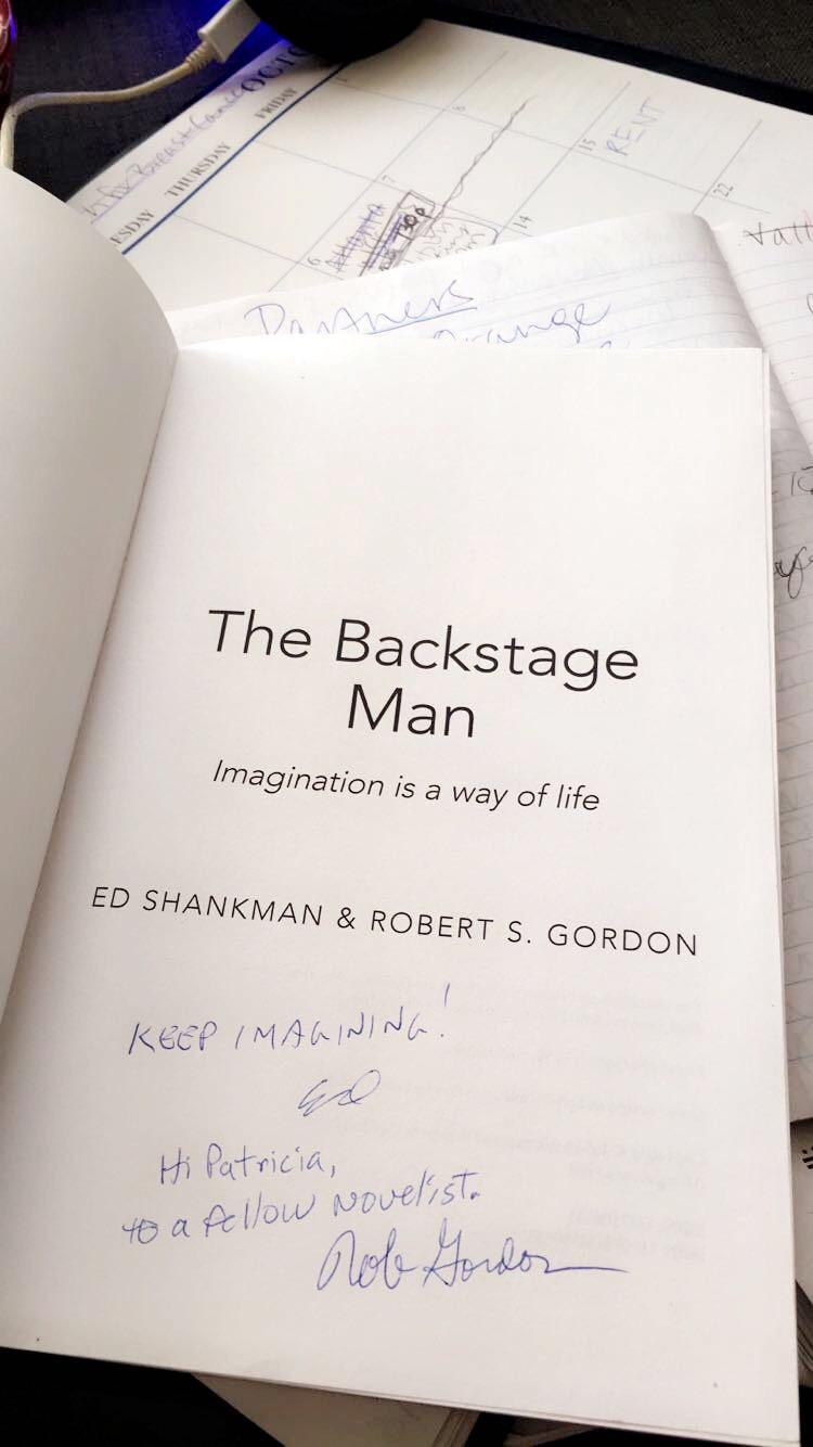 backstagemansigne.JPG