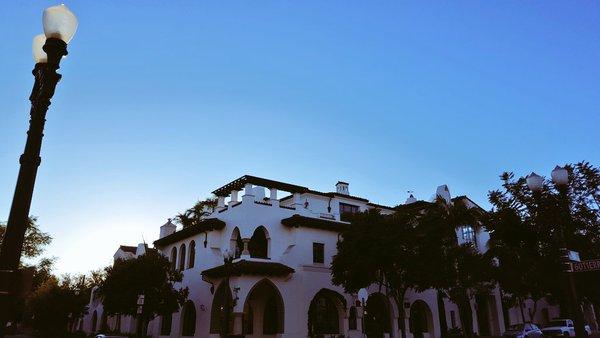 Santa Barbara's Sevilla building (credit: Devin Wong)