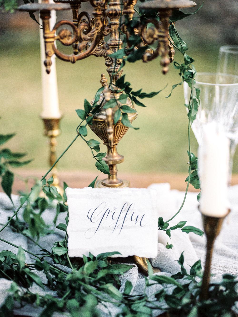 Photography: Lissa Ryan Photography | Planning: The Velvet Veil | Paper & Calligraphy: Spurlé Gul Studio | Florals: La Fleur du Jour