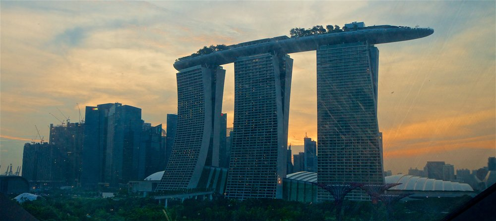 downtown-and-marina-bay-sands-casino-singapore_29901597471_o.jpg