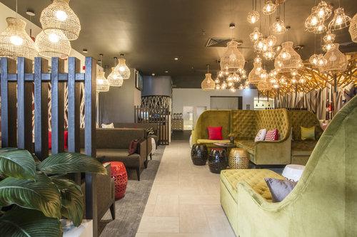 Nest Restaurant Bar TONIC Design
